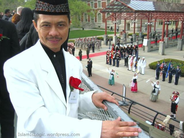Ustadz Syamsi Ali