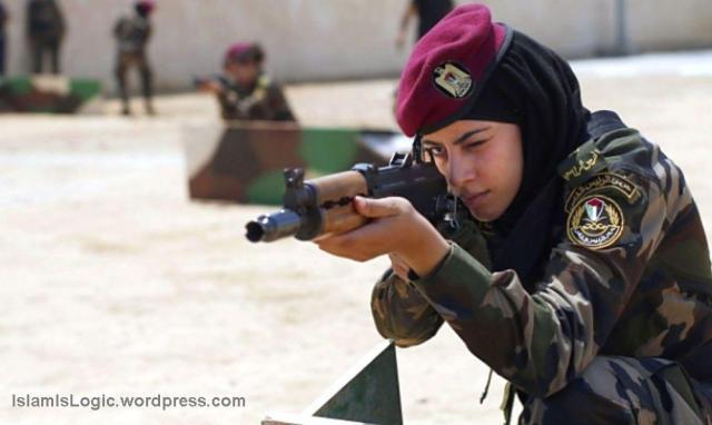 Hijabers Paspampres Palestina 01
