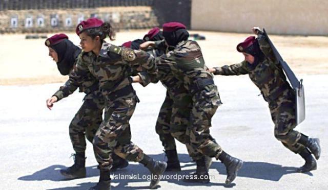 Hijabers Paspampres Palestina 03