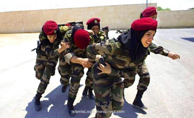 Hijabers Paspampres Palestina 04