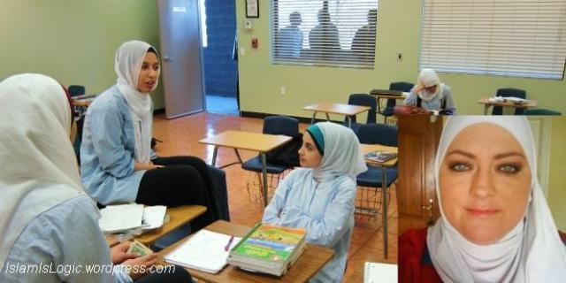 Kara Alluozi-wanita-as-jadi-mualaf-berkat-anak-masuk-sekolah-islam-