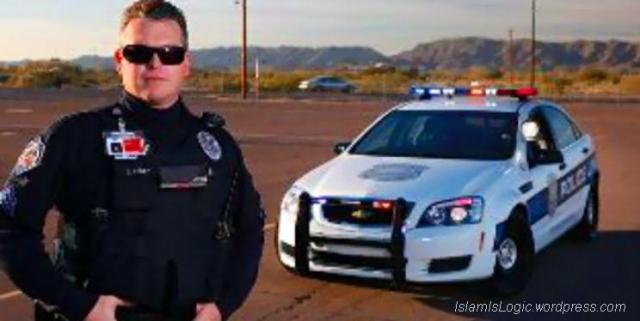 William polisi-amerika-peluk-islam